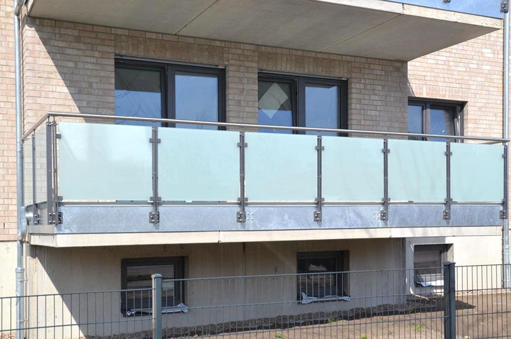 neubau-fluesseviertel-verden-Balkon